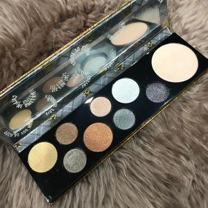 MAC Queen Supreme Palette